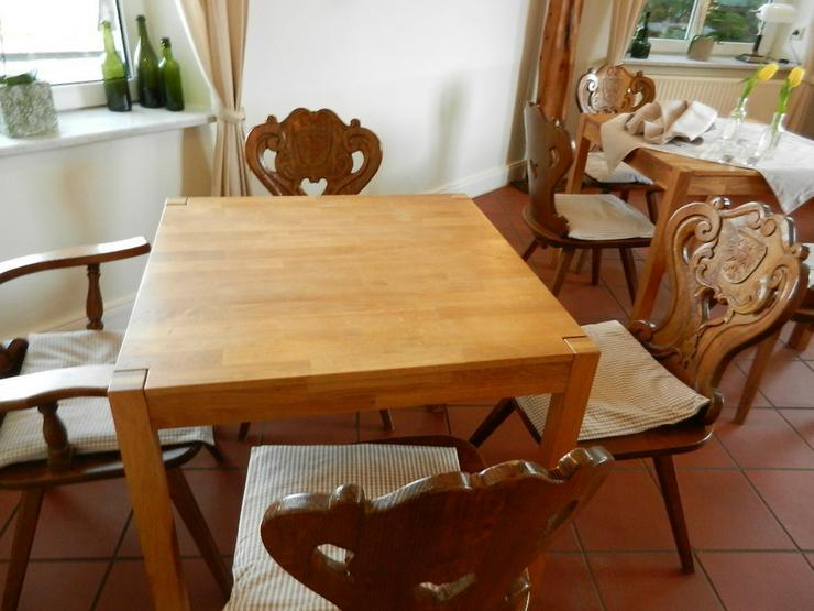 Bild 4: Tisch in Vollholz (natur) Farbe hellbraun