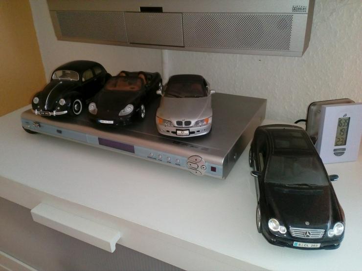 Mehrere Modellautos, Sammlerstücke, M1:18