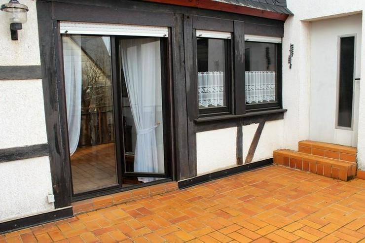 Bild 5: Solides Fachwerkhaus mit viel Nutzfläche, Garage, Wiese und Terrasse! - von Schlapp Immob...
