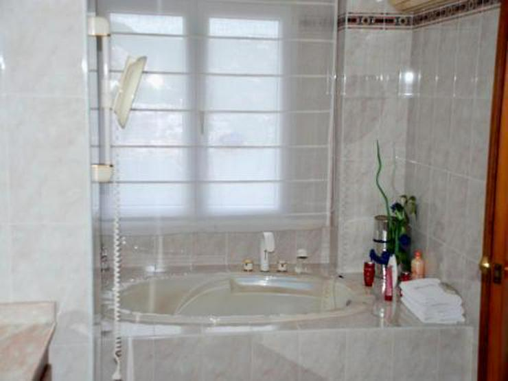 Bild 5: KAUF: Luxus-Villa mit Meer- und Hafenblick