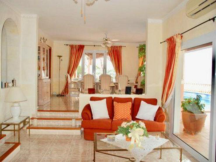 Bild 3: KAUF: Luxus-Villa mit Meer- und Hafenblick
