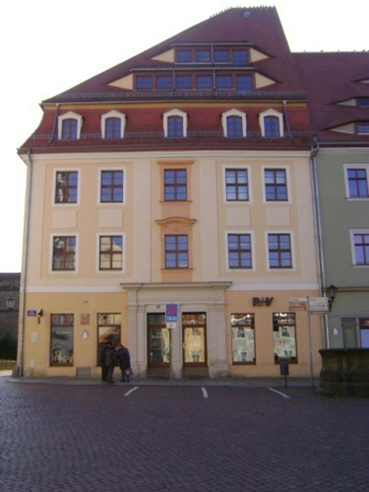 Bild 2: 2-Raum-Wohnung mit Einbauküche am Markt in Pirna!