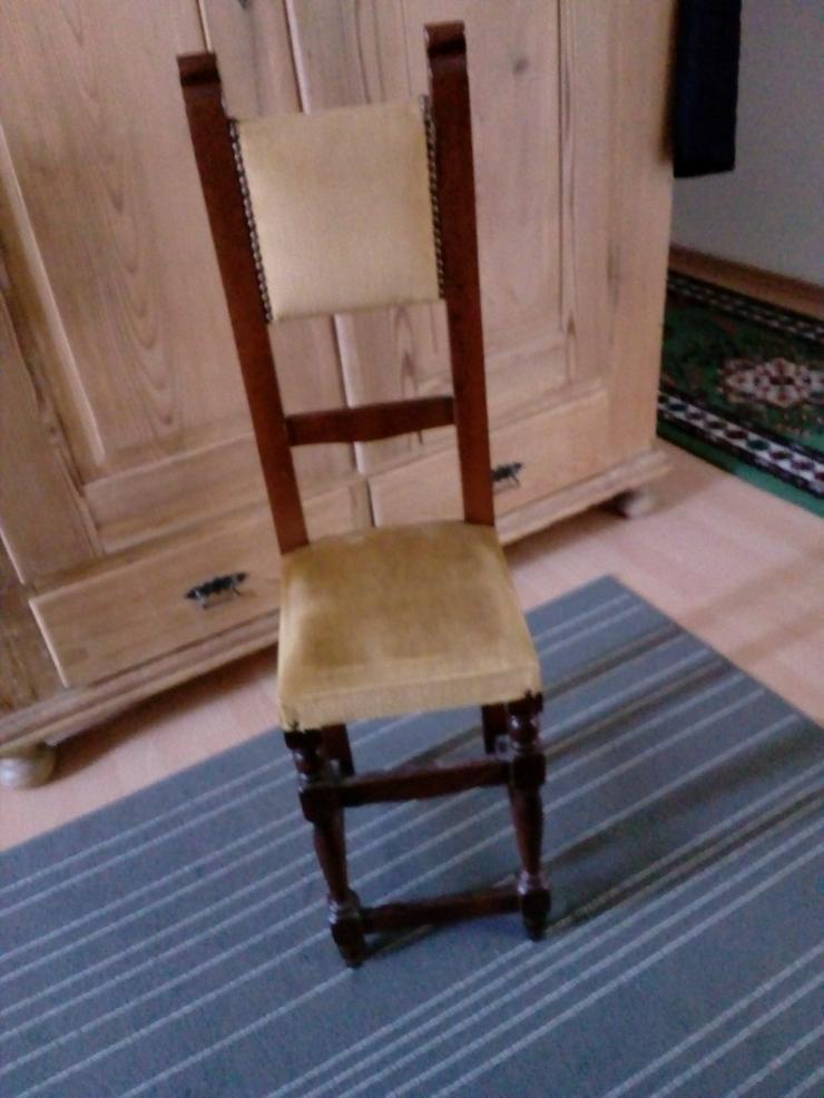 Interessanter schmaler Stuhl,schöne ital. Möb.
