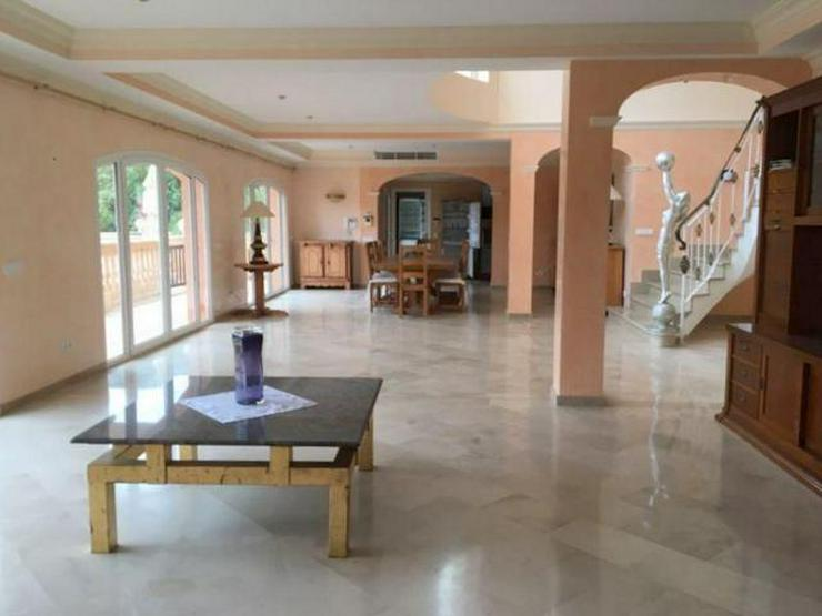 Bild 3: KAUF: Hochwertige Villa in Camp de Mar