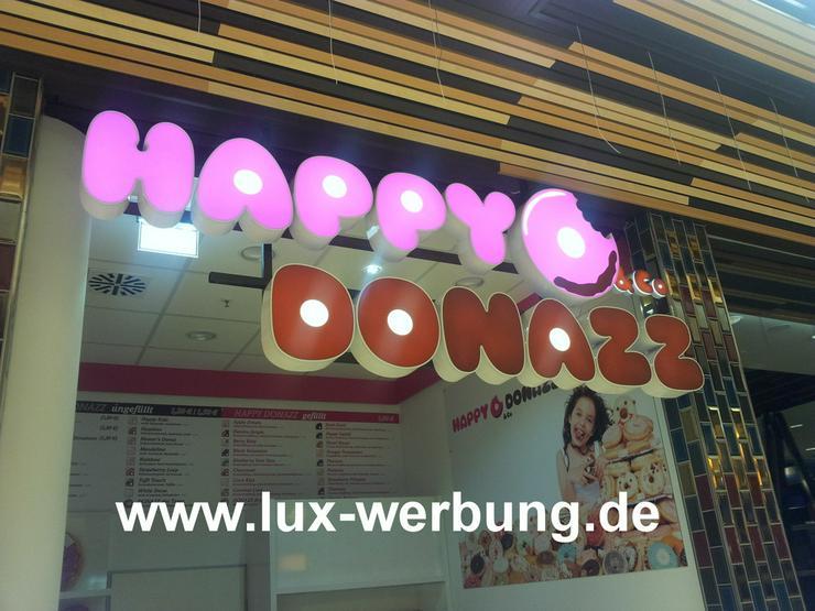 Bild 4: Außenwerbung Werbeanlage Leuchtreklame Berlin