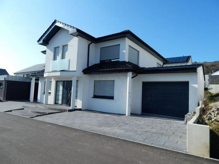 ERSTBEZUG - Großes KFW70 Einfamilienhaus 196 qm. Der Schmuckkasten für Ihre Familiensch?... - Haus kaufen - Bild 1