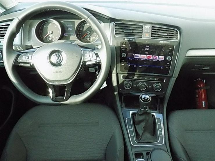 Bild 5: VW Golf VII 1,6 TDI Comfortline Navi ACC-210 Alu16''
