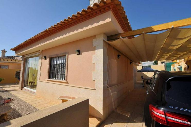 Villa in Las Kalendas - Haus kaufen - Bild 1