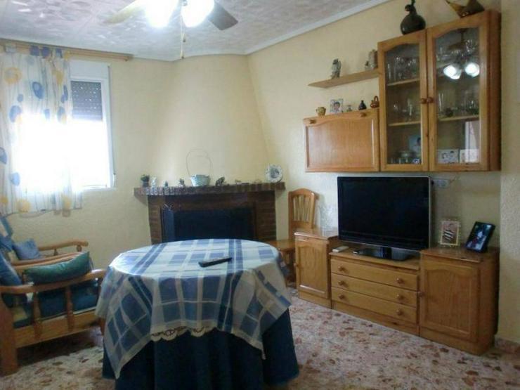 Bild 4: Typisch spanisches Landhaus