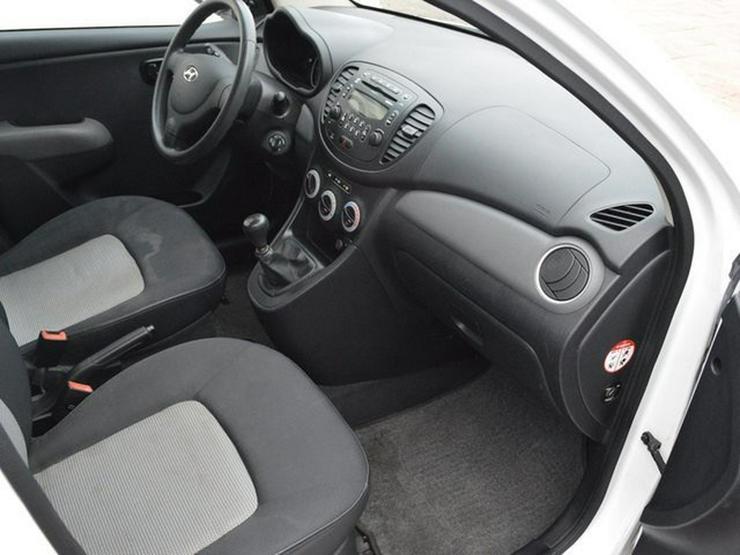 Bild 4: HYUNDAI i10 Edition,Rentner Auto wenig gefahren