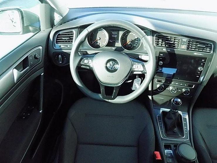 Bild 5: VW Golf 7 1,6 TDI Comfortline FL Navi ACC-210 Alu16