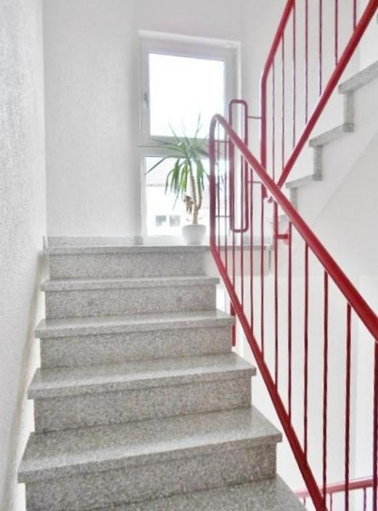 Bild 3: Traumhafte 5-Zimmer Maisonettewohnung mit FB-Heizung, Balkon, EBK und Stellplatz könnte s...