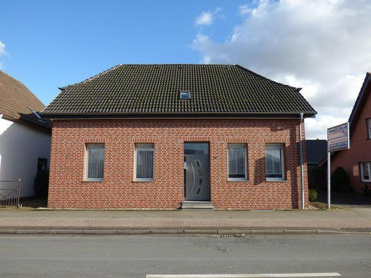 Bild 3: Saniertes, großes Zweifamilienhaus mit ca. 45 m² Büro!