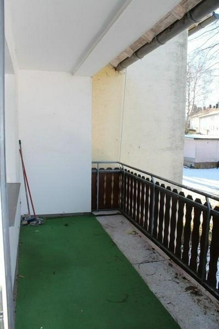 Bild 6: Kastellaun: 3 Zi. Wohnung mit Garage, Balkon, Keller und Gartenbenutzung - von Schlapp Imm...