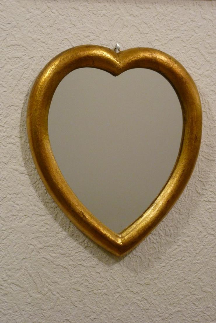 2 St herzförmige Spiegel mit Aufhänger, gold