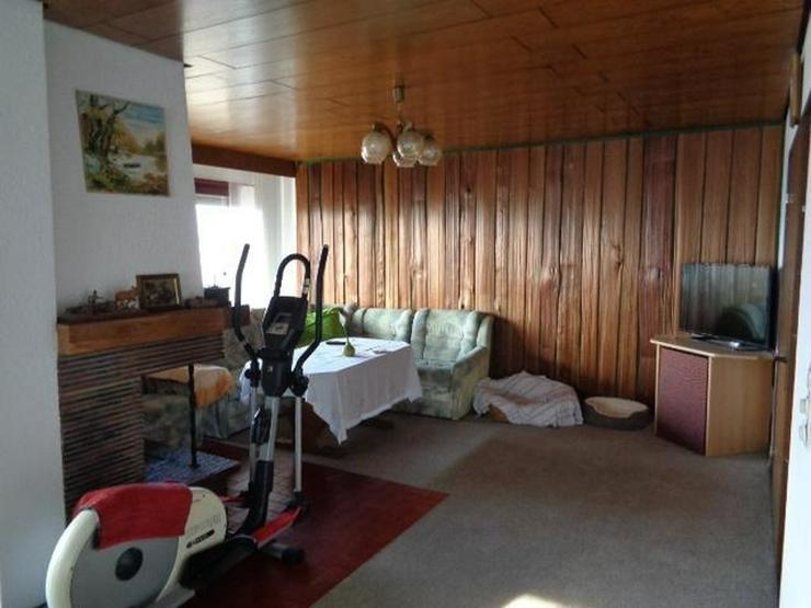 Bild 4: großzügiges 1-2 Familienhaus mit Einliegerwohnung ideal für Mehrgenerationen