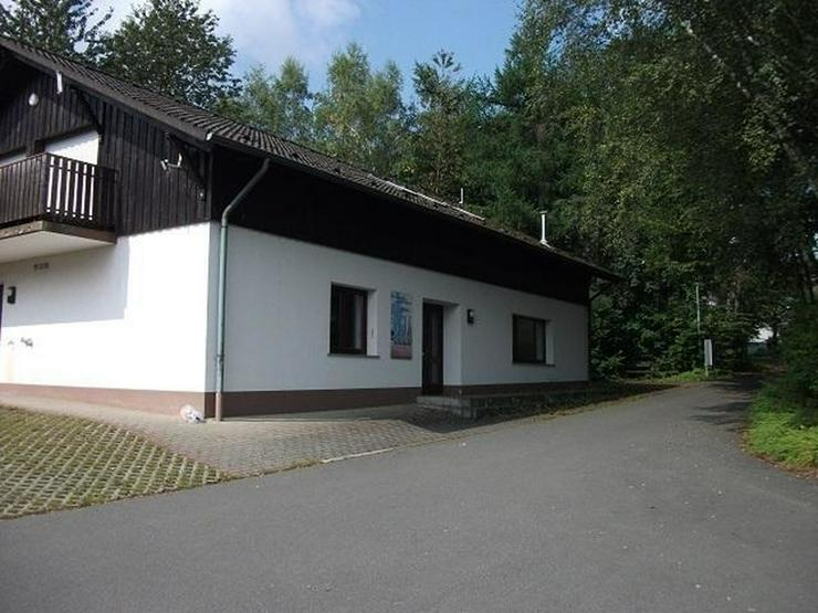 Wohnen und arbeiten unter einem Dach- Wohn- und Gewerberäume im Ferienpark Himmelberg,Tha...