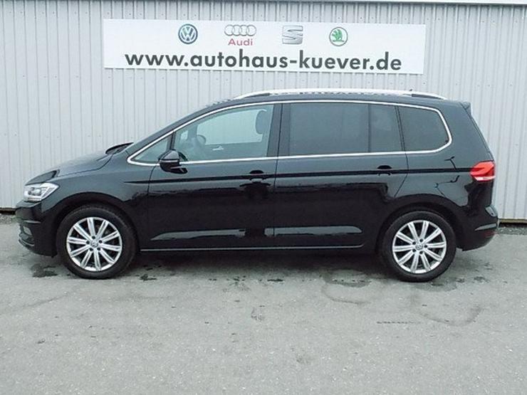 Bild 3: VW Touran 2,0 TDI Highline DSG LED ACC 7-Sitze
