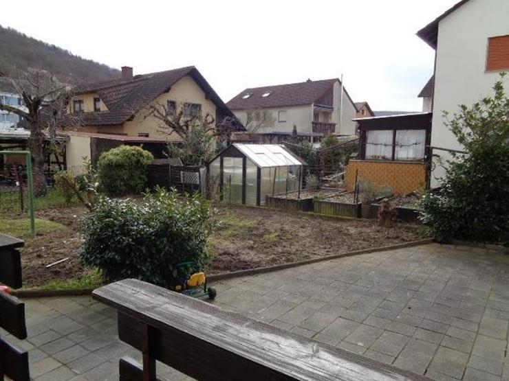 Dreifamilienhaus in ruhiger Seitenstrasse mit Garten und Carport - von Schlapp Immobilien - Haus kaufen - Bild 1