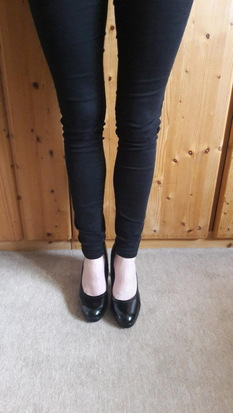 Bild 2: Schwarze High-Heels / Hohe Schuhe von Graceland