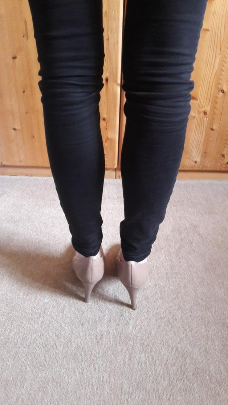 Bild 2: Beige High-Heels / Hohe Schuhe von 5th Avenue