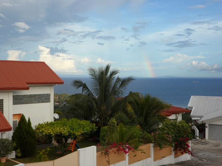 Einfamilienhaus mit Pool und Garten in Dalaguete