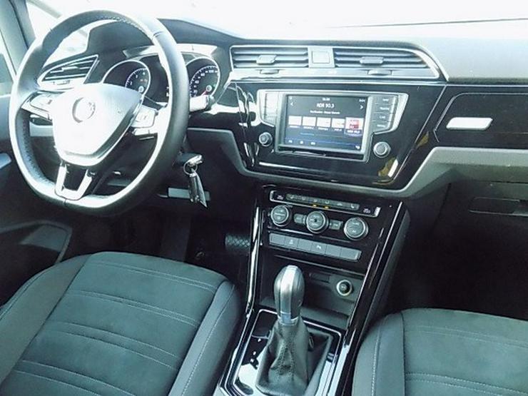 Bild 6: VW Touran 1,4 TSI Highline DSG Navi ACC LED 7-Sitze