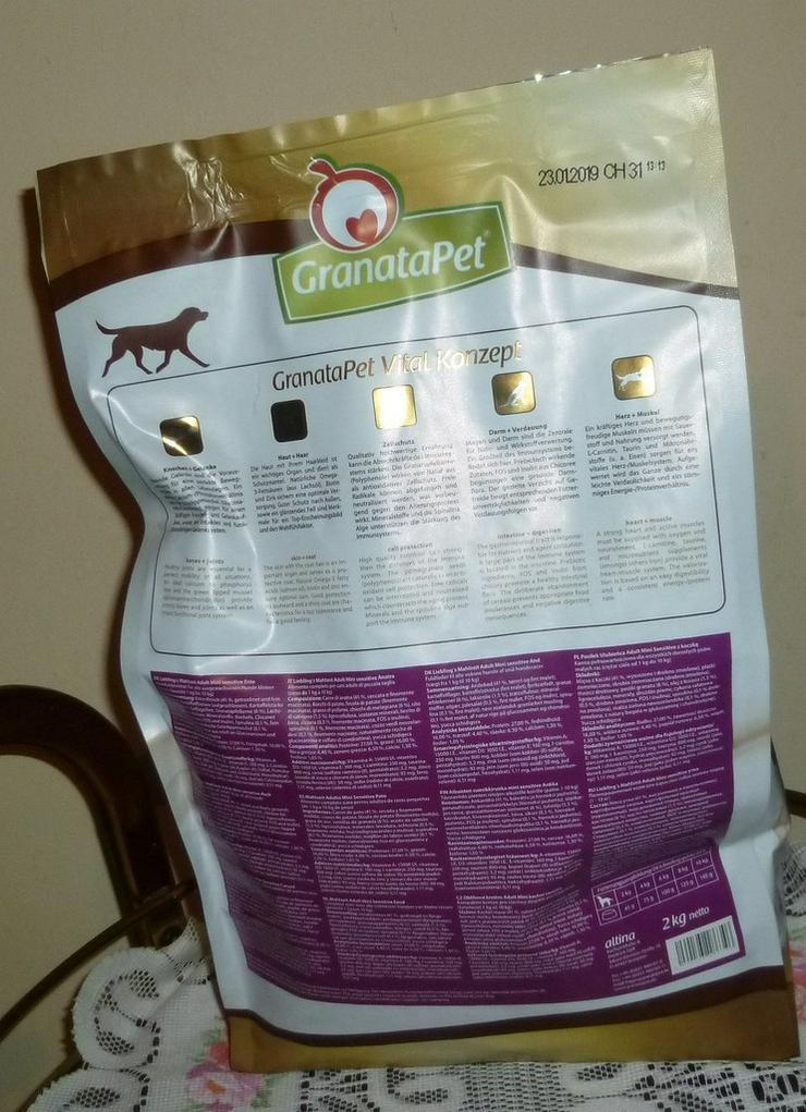 Bild 3: 2 kg Granatapet