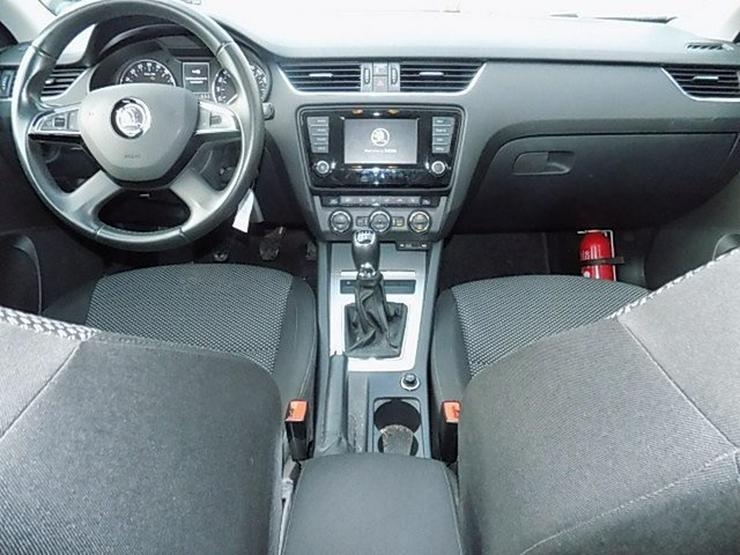 Bild 5: SKODA Octavia Limousine 1,6 TDI Ambition Navi Tempomat