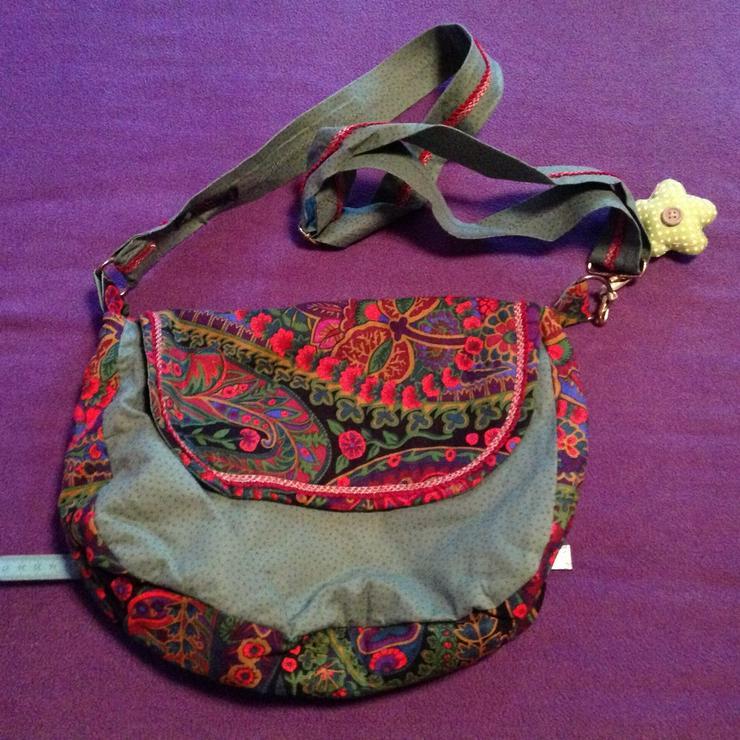 Wunderschöne, Selbstgenähte Stoffhandtasche,