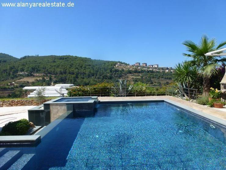 Bild 6: Luxus Villa in Kargicak mit Privatpool und Meerblick