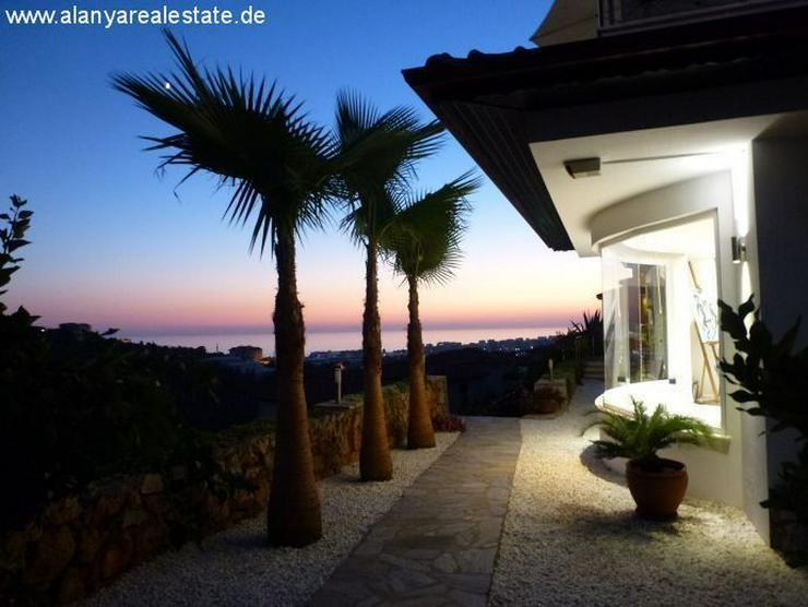 Bild 3: Luxus Villa in Kargicak mit Privatpool und Meerblick