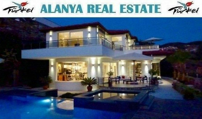 Luxus Villa in Kargicak mit Privatpool und Meerblick - Haus kaufen - Bild 1
