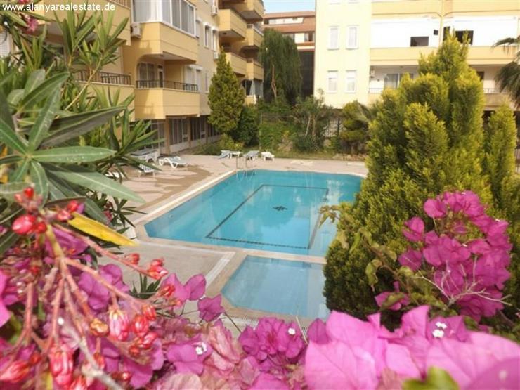 Gemütliche 2 Zimmer Ferienwohnung mit Pool in zentraler Lage in Alanya Oba. - Auslandsimmobilien - Bild 1