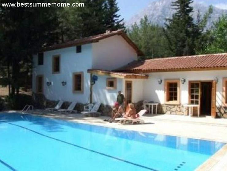 ***ALANYA REAL ESTATE*** Preiswerte Villa in Kemer mit perfekter Lage und viel Platz - Auslandsimmobilien - Bild 1