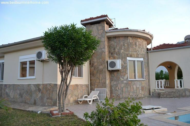 Bild 3: ***ALANYA REAL ESTATE*** Schöne Bungalow Villa mit riesen Pool und Panoramablick in Top L...