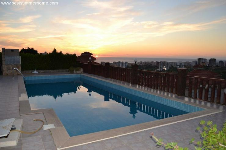 Bild 5: ***ALANYA REAL ESTATE*** Schöne Bungalow Villa mit riesen Pool und Panoramablick in Top L...