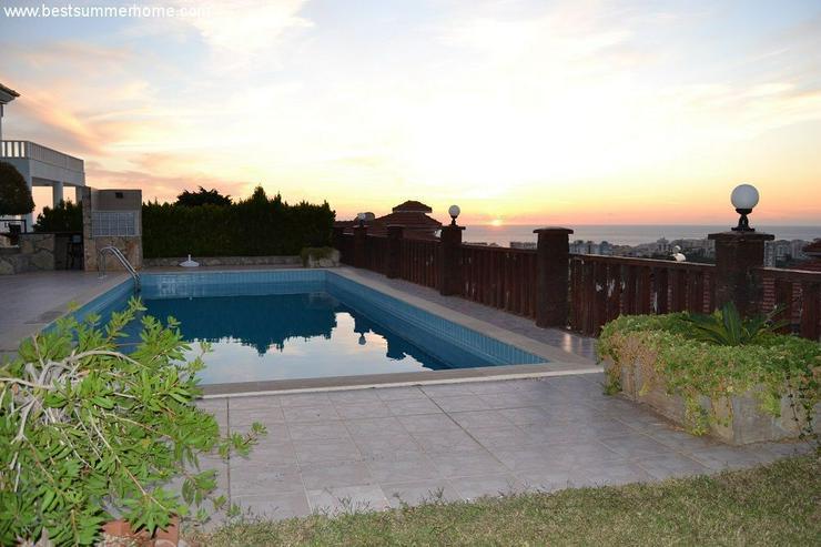 Bild 6: ***ALANYA REAL ESTATE*** Schöne Bungalow Villa mit riesen Pool und Panoramablick in Top L...