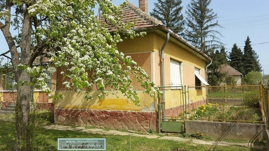 Bhaus Ungarn Balatonr.Grdst.2.142m2 Nr.72 - Bild 1