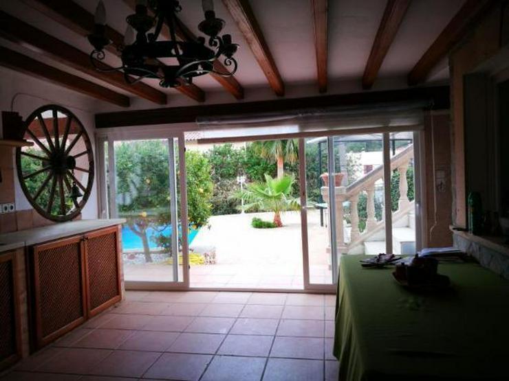 Bild 4: KAUF: Chalet mit Pool und zwei einfachen Apartments