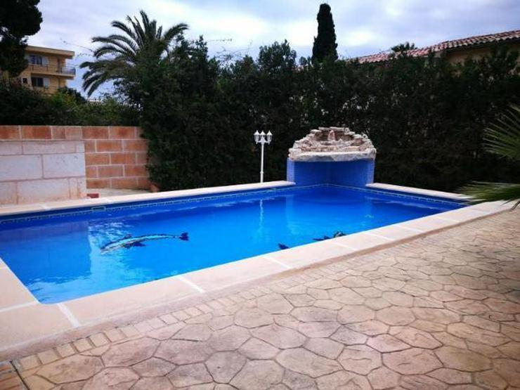 KAUF: Chalet mit Pool und zwei einfachen Apartments - Auslandsimmobilien - Bild 1