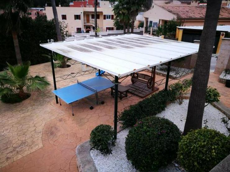 Bild 2: KAUF: Chalet mit Pool und zwei einfachen Apartments