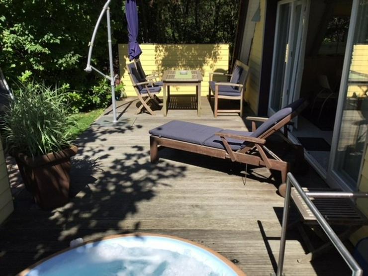 Bild 2: Teak-Möbel Tischgruppe mit Liege von Villa