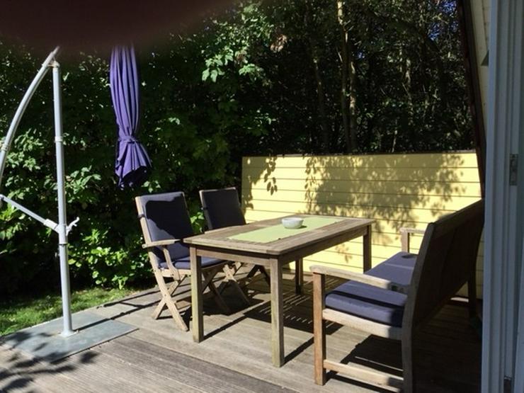 Teak-Möbel Tischgruppe mit Liege von Villa - Garnituren - Bild 1