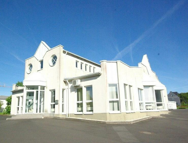 Schönes Bürogebäude (340qm) zu vermieten
