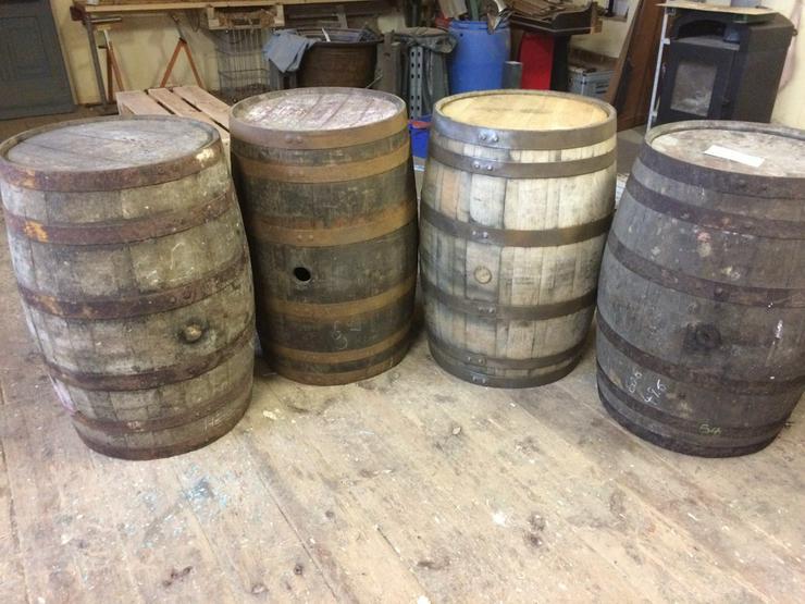 Whiskyfässer / Fässer / Holzfässer / Regentonne