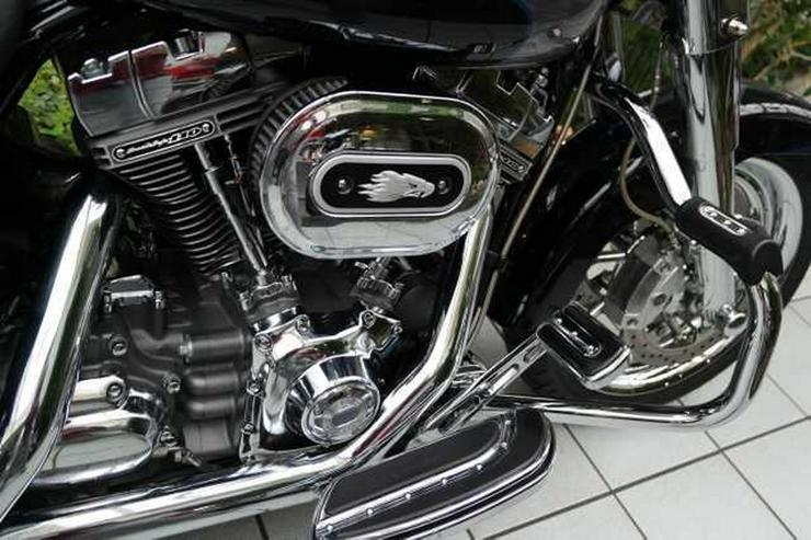 Bild 4: HARLEY DAVIDSON FLHRSE 4 Road King CVO Screamin Eagle 110 ABS