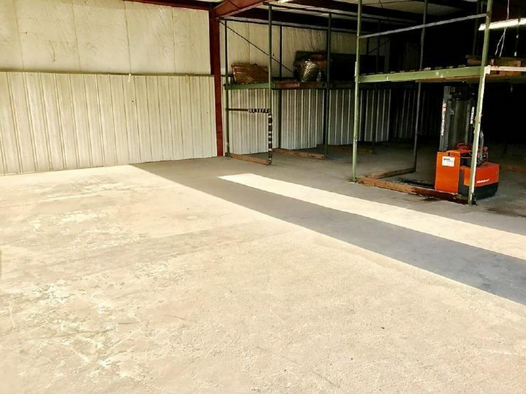 Bild 3: Lagerhalle im Hiltruper Gewerbegebiet Nord