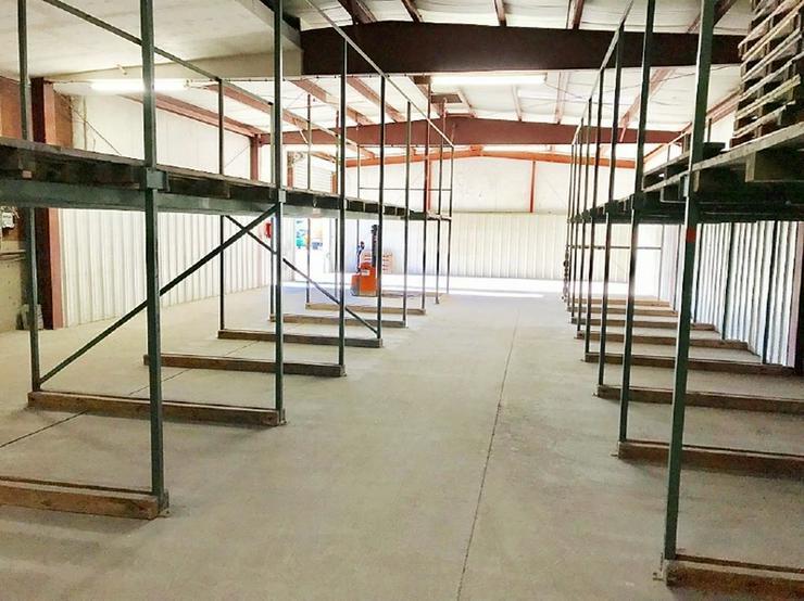 Bild 6: Lagerhalle im Hiltruper Gewerbegebiet Nord