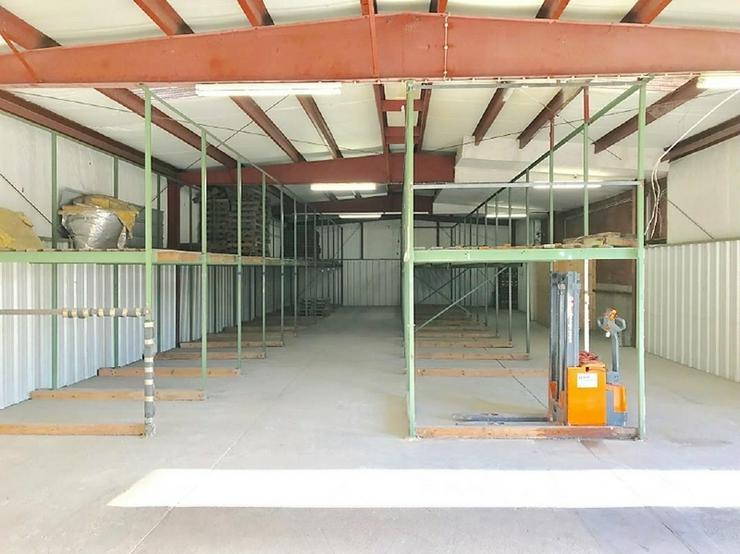 Bild 4: Lagerhalle im Hiltruper Gewerbegebiet Nord